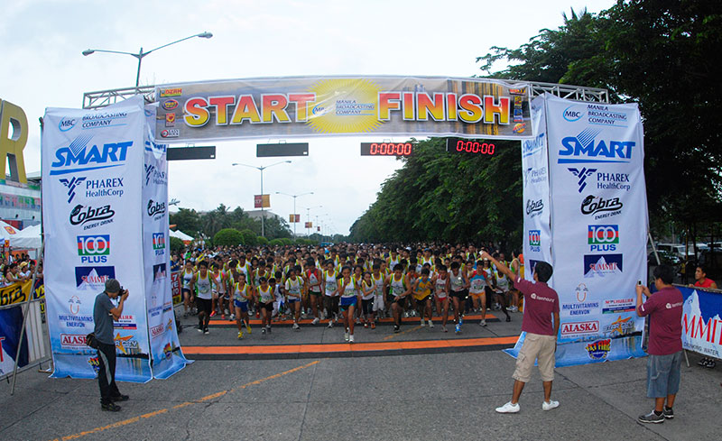 Manila-Broadcasting-Company-MBC-Manila-Bay-Clean-up-Run-2015
